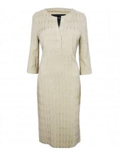 Nudefärgad jersey klänning i trikå med glansig struktur