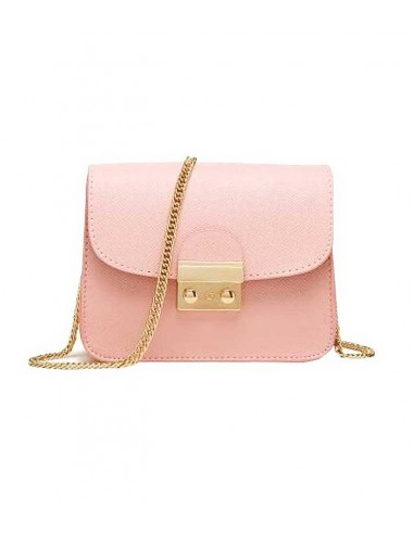 Söt väska i rosa färg. Axelband av en guldkedja.