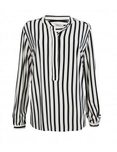 VONBON Jersey Blus i tunnt stickad viskos och elastan. Tungt fint fall, ränder i pärlemorvitt och svart.