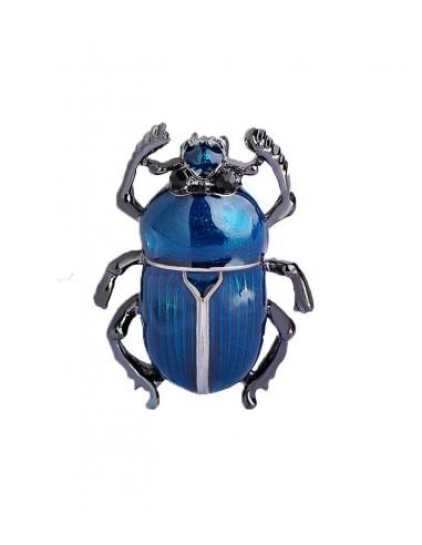 Brooch like a beetle