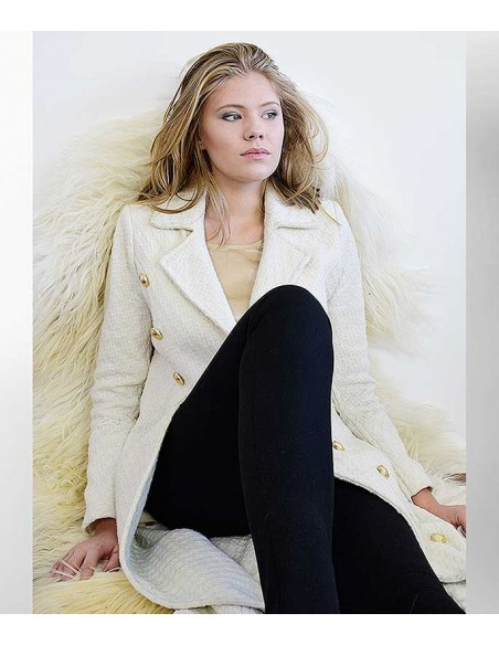 VONBON Long curved coat. White virgin-wool in a female figure shaped silhouette with gold buttons.
