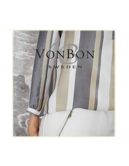 VONBON Blank satin, satäng vävd viskos blus med ränder i vit / grå / beige färg.