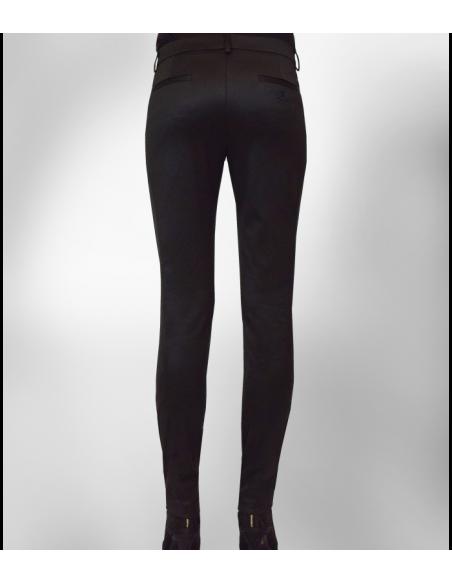 tighta svarta kostymbyxor i ridbyxstil med dekor sömmar