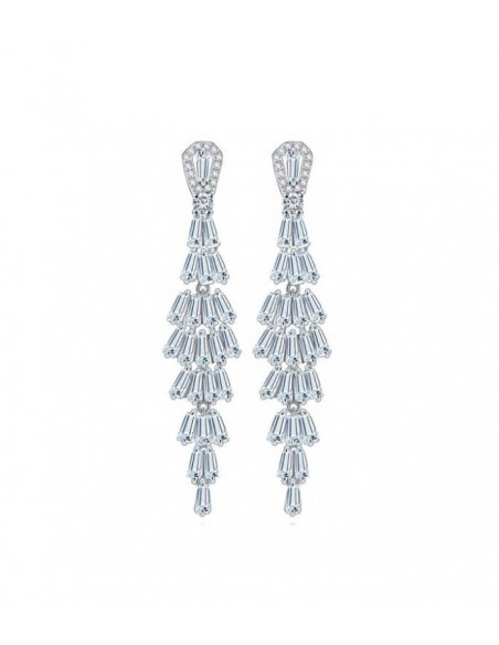 hängande strass örhängen i Lilly and rose stil från Pilgrim smycken med strass stenar i silver