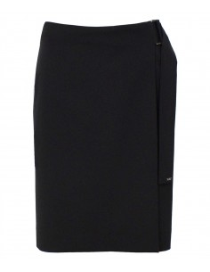 VONBON Wrap over skirt in color black. Iron less fabric and a big elegant buckle for closer.