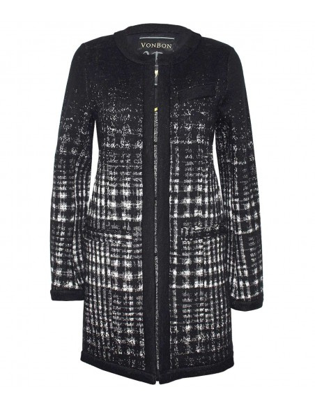 VONBON stickad cardigan i italiens lammull. Stickad jacka i glenncheck rutigt mönster i svart och vitt.